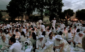 Photo credit: Luc Legay from Paris, France (Diner en Blanc/White Dinner 2011)